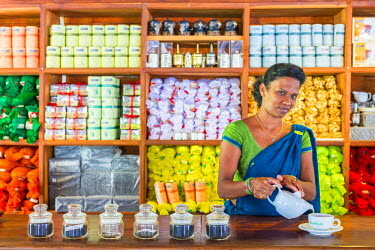 HMS1983466 Sri Lanka, Pilimatalava, Geragama Center Tea shop selling different kinds of tea in the country with the opportunity to eat in