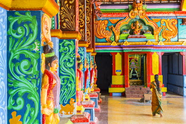 HMS1983548 Sri Lanka, Northern province, Jaffna district, Keerimalai, Hindu temple dedicated to Shiva and Naguleswaram built in 2012
