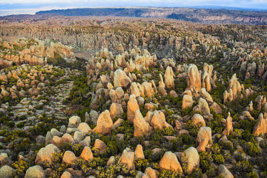 ETH2833 Ethiopia, Oromia Region, Bale Mountains, Sanetti Plateau, Rafu.  The rock boulders at Rafu on the high-altitude Sanetti Plateau were caused by the erosion of lava outpourings by water, wind and ice ov...