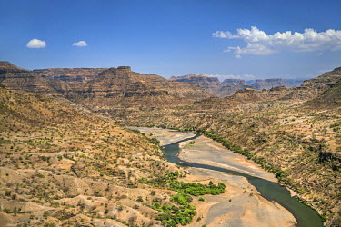 ETH2925 Ethiopia, Amhara Region, Welo.  The 608km-long Tekeze River rises in the central Ethiopian Highlands and flows west, north and then west again until it joins a tributary of the Nile in Sudan.