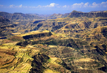 ETH2982 Ethiopia, Amhara Region, Simien Mountains.  The spectacular terrain in the foothills of the high-altitude Simien Mountains arises from the uplifting and erosion of lava from volcanic eruptions 20-30 m...