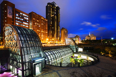 TAI0116 Taiwan, Taipei, Daan Park subway station