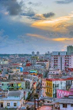 CB01820 Cuba, Havana, Centro Habana