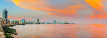 CB01856 Cuba, Havana, The Malecon