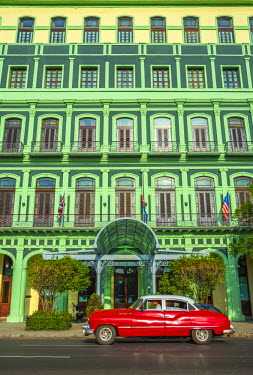 CB01887 Cuba, Havana, La Habana Vieja, Hotel Saratoga