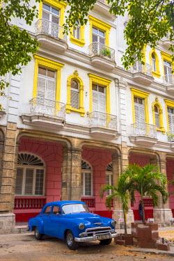 CB01895 Cuba, Havana, Habana Vieja, Hotel Seville