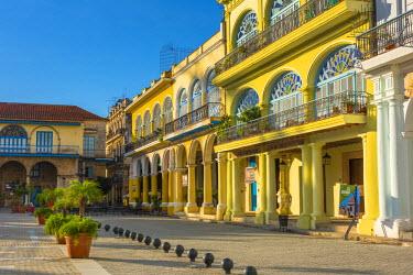 CB01908 Cuba, Havana, La Habana Vieja, Plaza Vieja