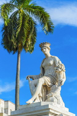 CB089RF Cuba, Havana, La Habana Vieja, Fuente de la India or India Fountain