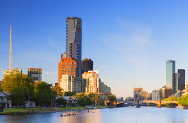 AUS2385AWRF Eureka Tower and Victorian Arts Centre along Yarra River, Melbourne, Victoria, Australia