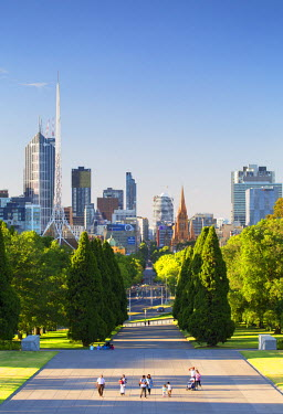 AUS2290AW Skyline from Shrine of Remembrance, Melbourne, Victoria, Australia