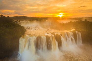 BZ02257 Iguacu Falls, Parana State, Brazil