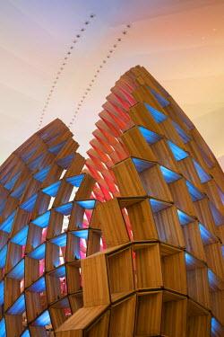 BZ01350 Museu do Amanha (Museum of Tomorrow) by Santiago Calatrava, Rio de Janeiro, Brazil