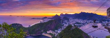 BZ01425 Copacabana beach and Rio de Janeiro from the Sugar Loaf, Brazil