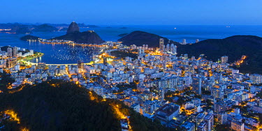 BZ01435 Pao Acucar or Sugar loaf mountain and the bay of Botafogo, Rio de Janeiro, Brazil, South America