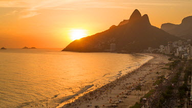 BZ01444 Sunset over Ipanema Beach and Dois Irmaos (Two Brothers) mountain, Rio de Janeiro, Brazil, South America