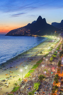 BZ01468 Sunset over Ipanema Beach and Dois Irmaos (Two Brothers) mountain, Rio de Janeiro, Brazil, South America