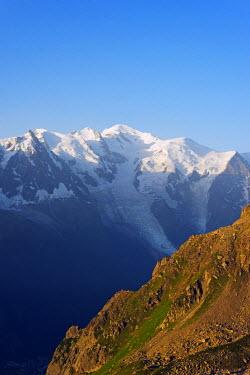FRA8751 Europe, France, Haute Savoie, Rhone Alps, Chamonix, Mont Blanc 4810m