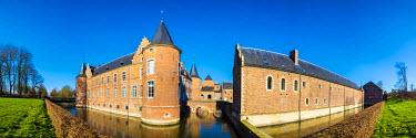 BEL1261AW Kasteel Alden Biesen castle, Bilzen, Limburg, Vlaanderen (Flanders), Belgium