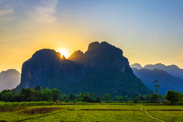 LAO1248AW Karst landscape at sunset, Vang Vieng, Vientiane Province, Laos