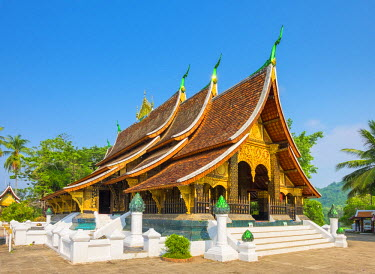 LAO1268AW Wat Xieng Thong buddhist temple, Luang Prabang, Louangphabang Province, Laos