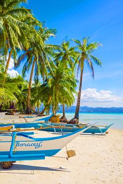 PHI1351AW Otrigger bangka boats on Diniwid Beach, Boracay Island, Aklan Province, Western Visayas, Philippines