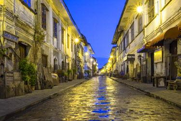 PHI1366AWRF Calle Crisologo at dawn, Vigan City, Ilocos Sur, Ilocos Region, Philippines