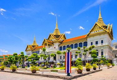 THA1114AW Phra Thinang Chakri Maha Prasat throne hall, Grand Palace complex, Bangkok, Thailand