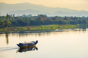 VIT1086AW Dragon Boat on the Perfume River, Hue, Thua Thien-Hue Province, Vietnam