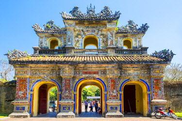 VIT1087AW Hien Nhon Gate (Cua Hien Nhon) entrance to Imperial City, Hue, Thua Thien-Hue Province, Vietnam