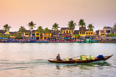 VIT1119AW Hoi An Ancient Town on the Thu Bon River, Quang Nam Province, Vietnam