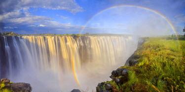 ZB01029 Zimbabwe, Victoria Falls, Victoria Falls National Park during rainy season (UNESCO Site)