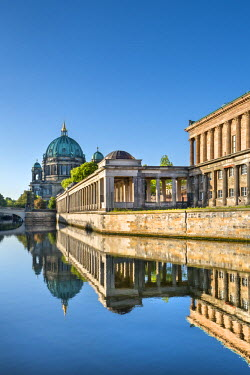GER9000AW Berlin Dom, Alte Nationalgalerie and Spree River, Berlin, Germany