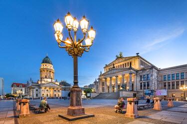 GER9072AW Konzerthaus and Deutscher Dom, Gendarmenmarkt, Berlin, Germany