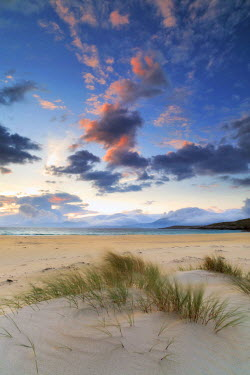 SCO33912AW Scotland, Isle of Harris. The dunes of Luskentyre bay at sunset.