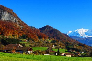 FRA9193 Europe, France, Haute Savoie, Rhone Alps, Sallanches, Chamonix valley and Mont Blanc (4810m)