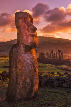 CHI9012AW South America, Chile, Easter Island, Isla de Pascua, Moai stone human figures at sunrise