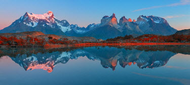 CHI9048AW South America, Patagonia, Chile, Torres del Paine, National Park, Cuernos del Paine reflection in Lago Pehoe
