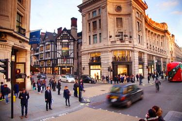 ENG13121 United Kingdom. London. Cab passing through Regent Street.