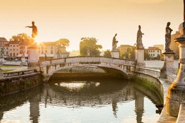 ITA5504AW Italy, Italia. Veneto. Padova district. Padua, Padova. Prato della Valle
