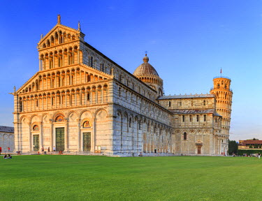 ITA5535AW Italy, Italia. Tuscany, Toscana. Pisa district. Pisa. Piazza dei Miracoli. Cathedral and Leaning Tower