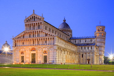 ITA5539AW Italy, Italia. Tuscany, Toscana. Pisa district. Pisa. Piazza dei Miracoli. Cathedral and Leaning Tower