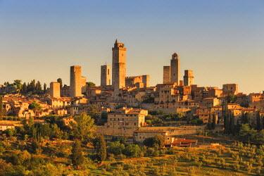 ITA5560AW Italy, Italia. Tuscany, Toscana. Siena district, Val d'Elsa, San Gimignano.