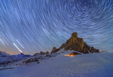 CLKGH30598 Ra Gusela, Giau Pass, Dolomites, Veneto, Italy. Winter startrail at Giau Pass