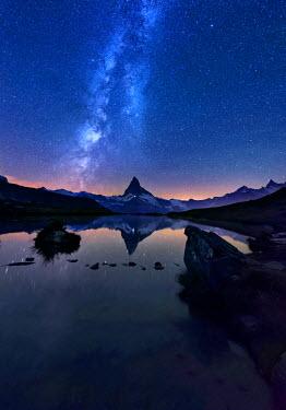 CLKWD29017 Mount Matterhorn, Stellisee, Zermatt, Switzerland
