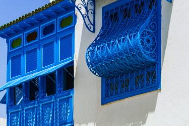 AF47NTO0009 Balcony and window, Sidi Bou said, Tunisia, North Africa