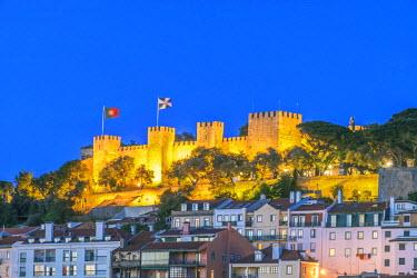 EU23RTI0074 Portugal, Lisbon, Sao Jorge Castle at Dusk