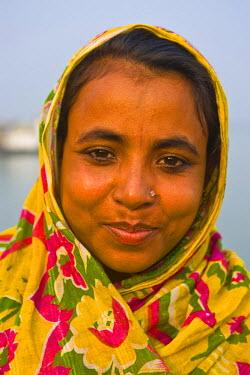 AS03MRU0028 Happy girl, Barisal, Bangladesh, Asia