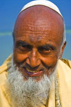 AS03MRU0060 Portrait of an old Bengali man, Bangladesh, Asia