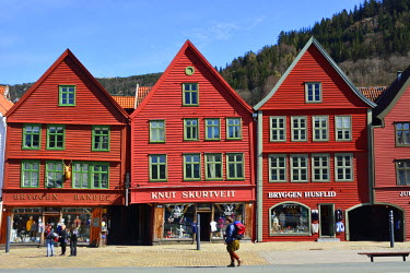 NOR0792AW Fishing and trading wooden warehouses in the Bryggen District, a former counter of the Hanseatic League. A UNESCO World Heritage Site, Bergen. Norway