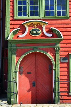 NOR0826AW Old door in Bergen's Old Town. Bergen, Norway